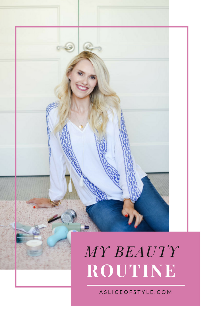 Are you looking for an anti-aging beauty routine that won't break the bank? Click here to find out how to get some of my favorite beauty items on sale! PMD, at home microderm, eyeliner, lip gloss, clarisonic.