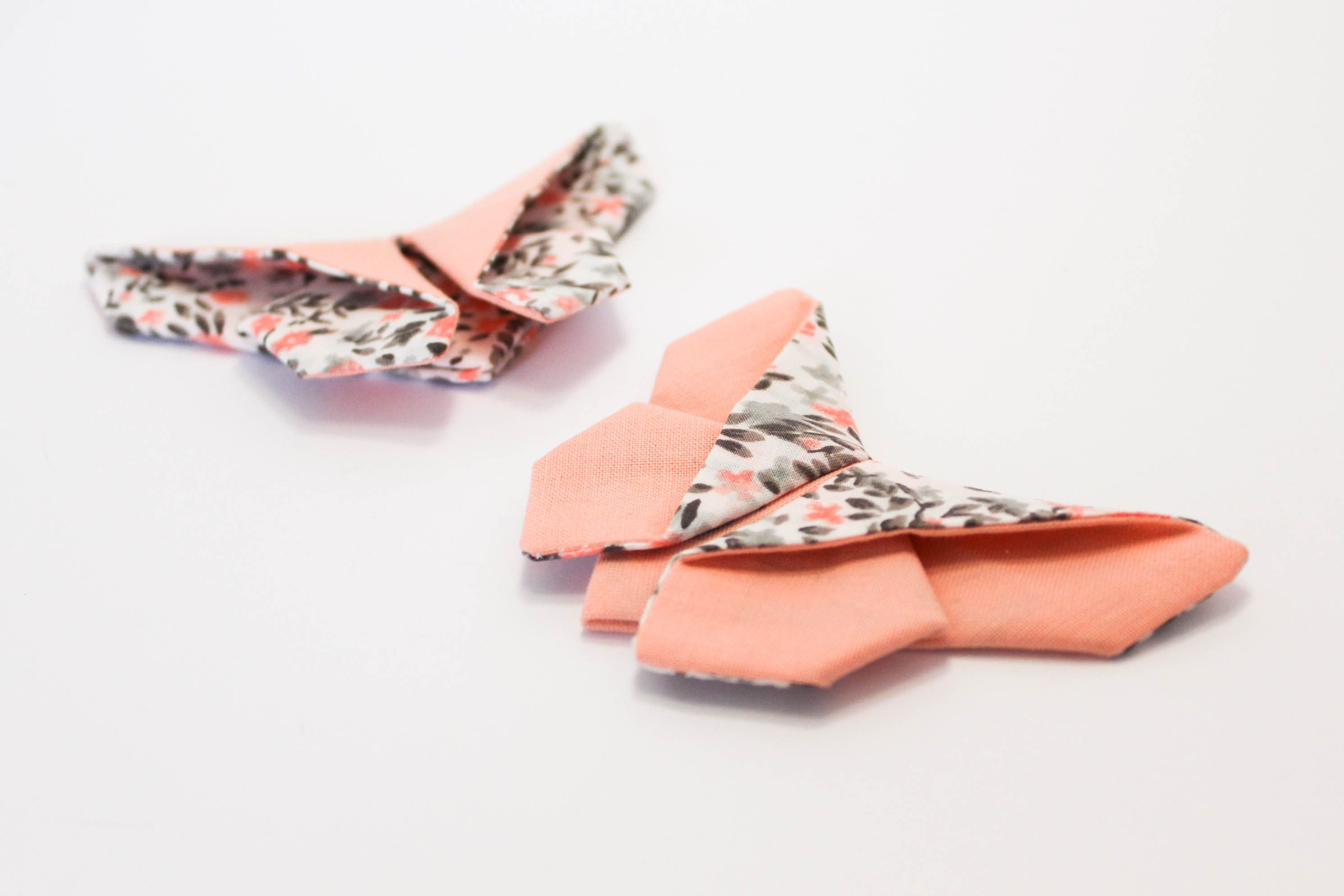un papillon en tissu fa on origami diy origami couture and barrette. Black Bedroom Furniture Sets. Home Design Ideas