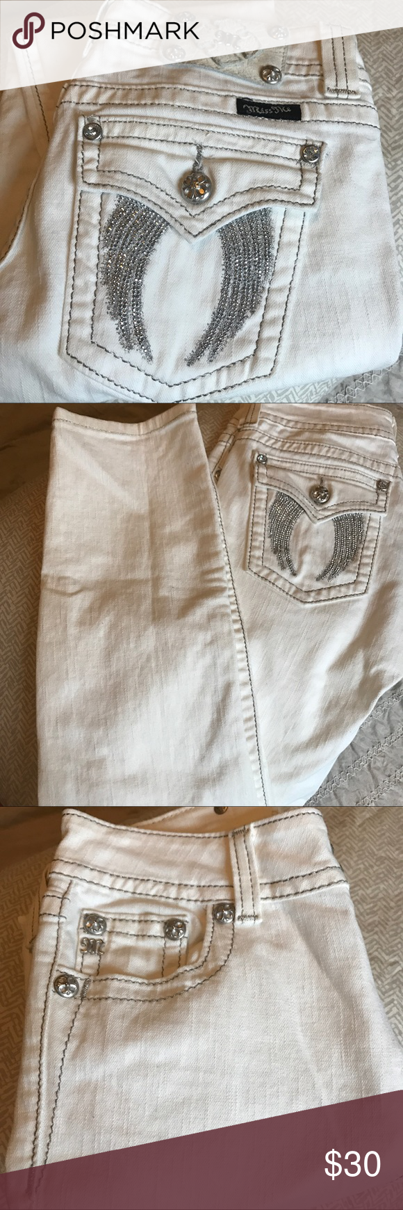 Miss Me Boot Jeans In great condition, lightly used Miss Me Jeans Boot Cut
