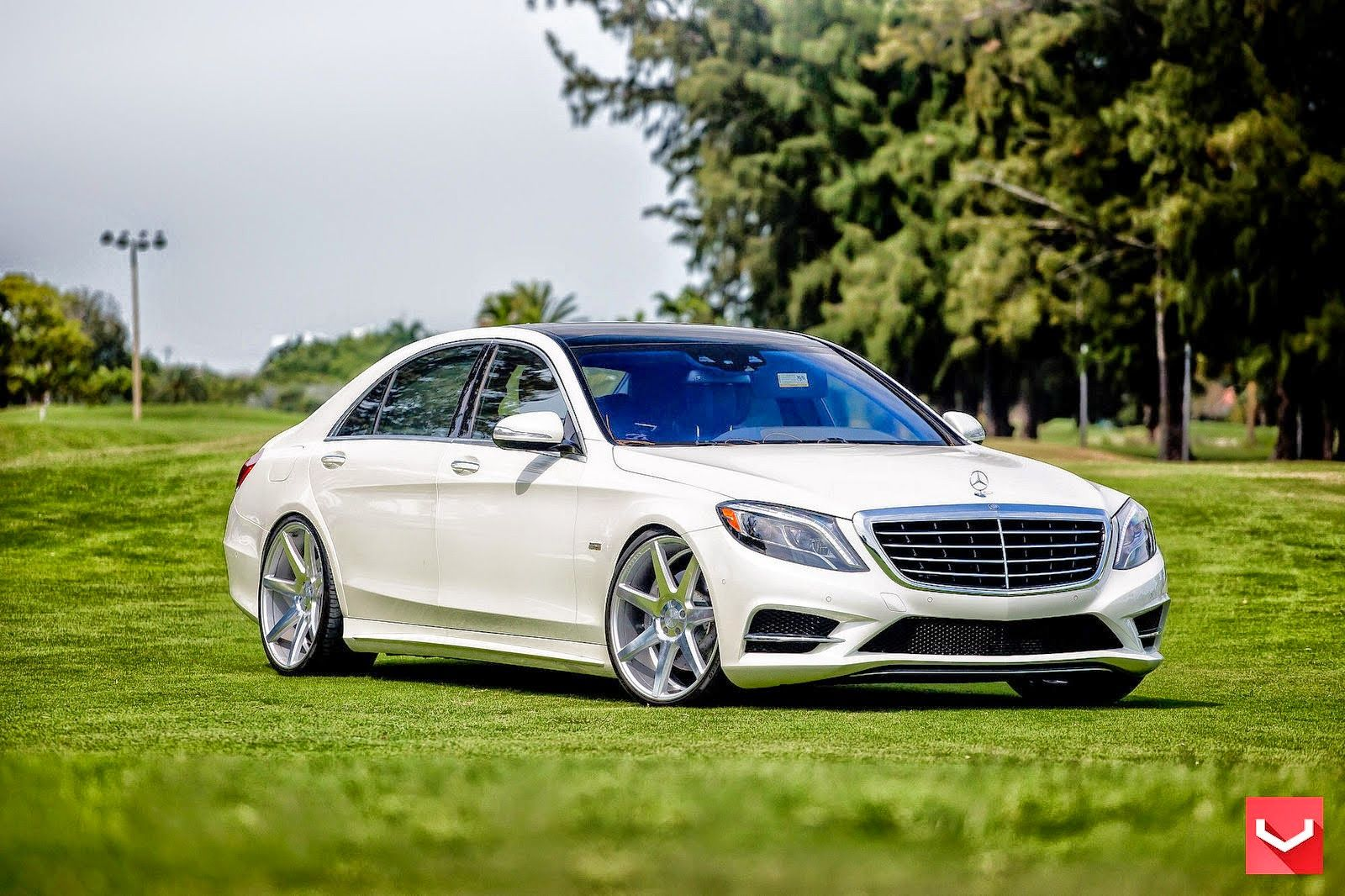 Mercedes-Benz W222 S550 on Vossen CV7 Wheels | BENZTUNING | Performance and Style