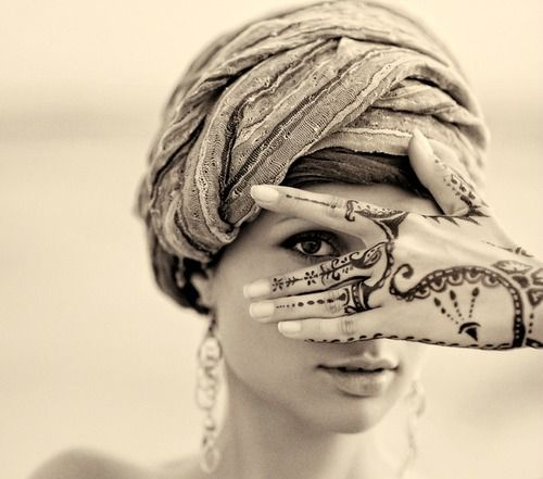 henna tattoos !