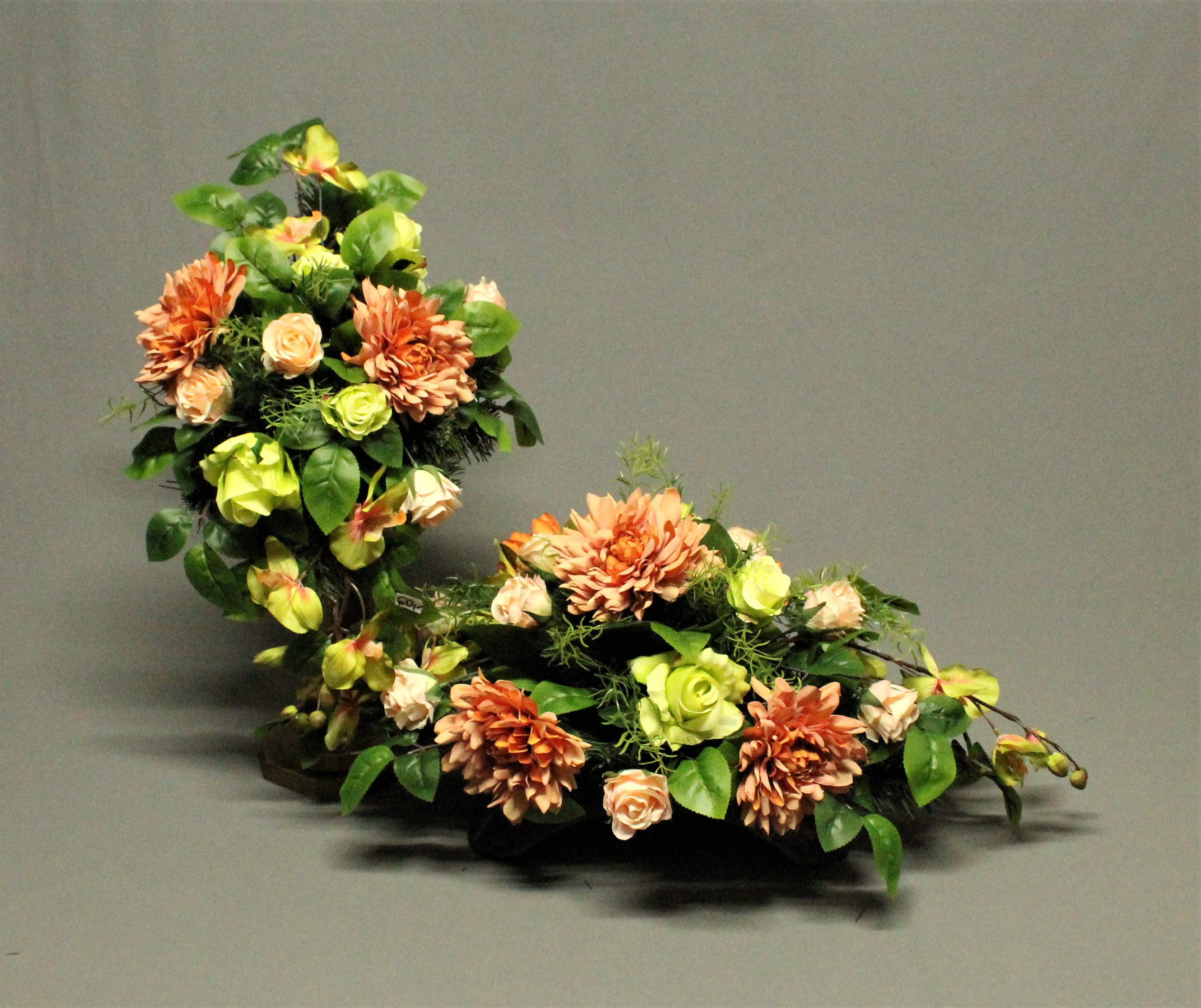 Tombstone Decoration Artificial Flowers Decoration For The Monument Tomb Reed Cemetery Decorations Feast Of The Dead Mourning Decorations Cemetery Decorations Artificial Flowers Flowers