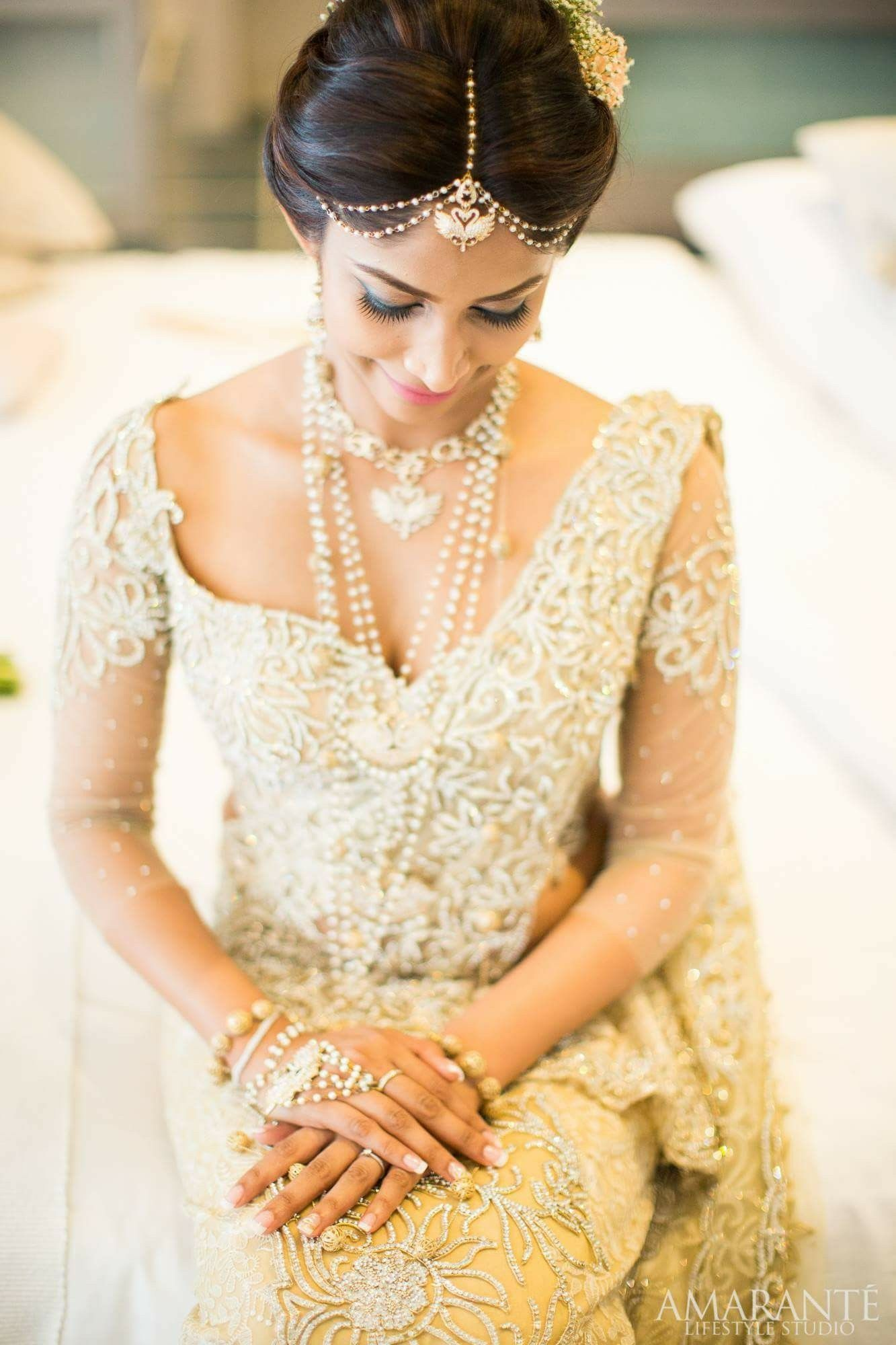 Like how this bride has a modern touch to her hair without all the ...
