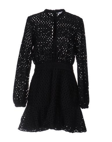 FINDERS KEEPERS . #finderskeepers #cloth #dress #top #skirt #pant #coat #jacket #jecket #beachwear #