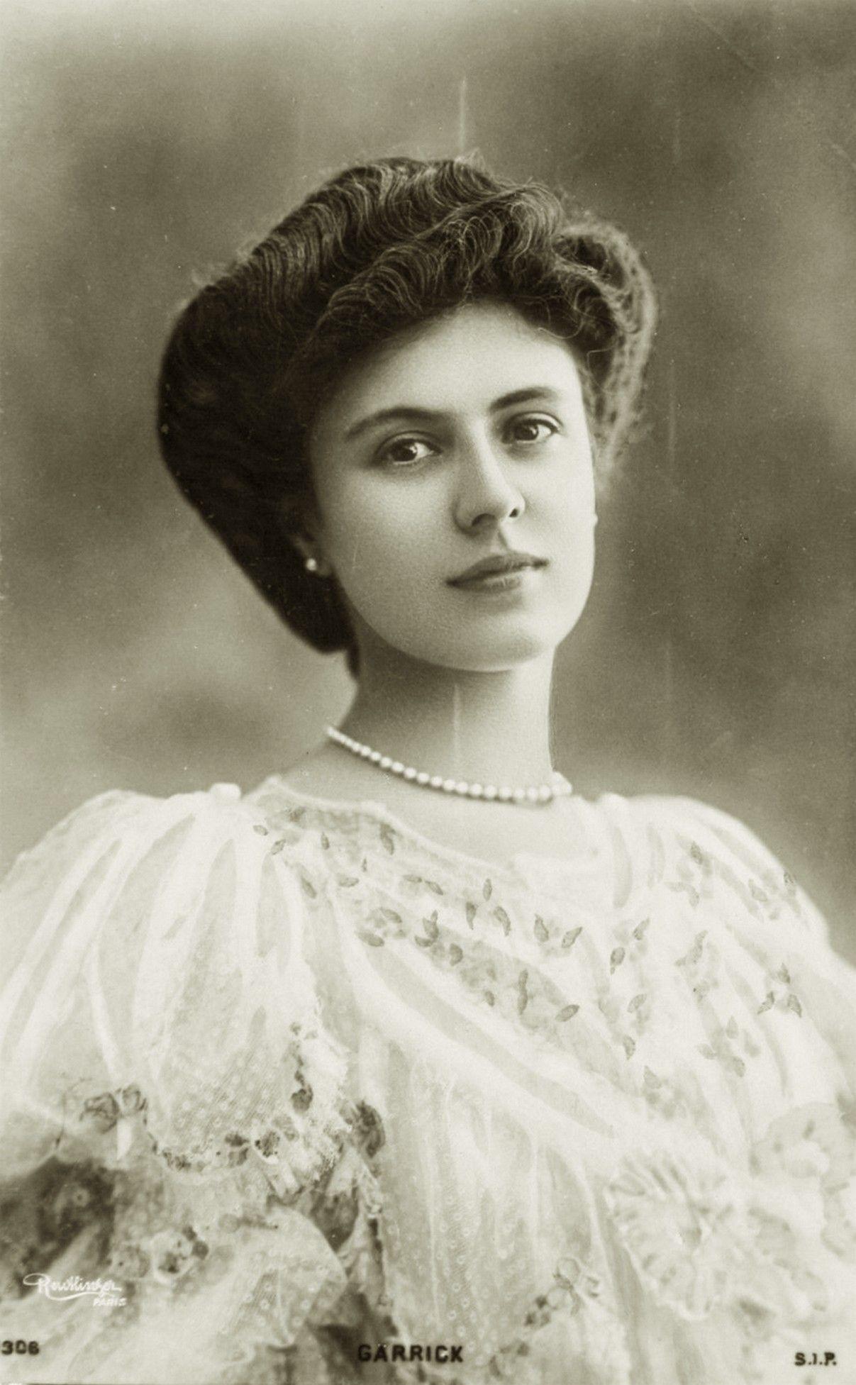 vintage elegant edwardian lady