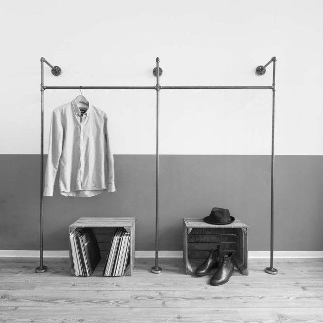 Fresh Liebevoll in Hamburg handgefertigter doppelter Kleiderst nder bzw Ger st f r offenen Kleiderschrank aus Stahlrohr