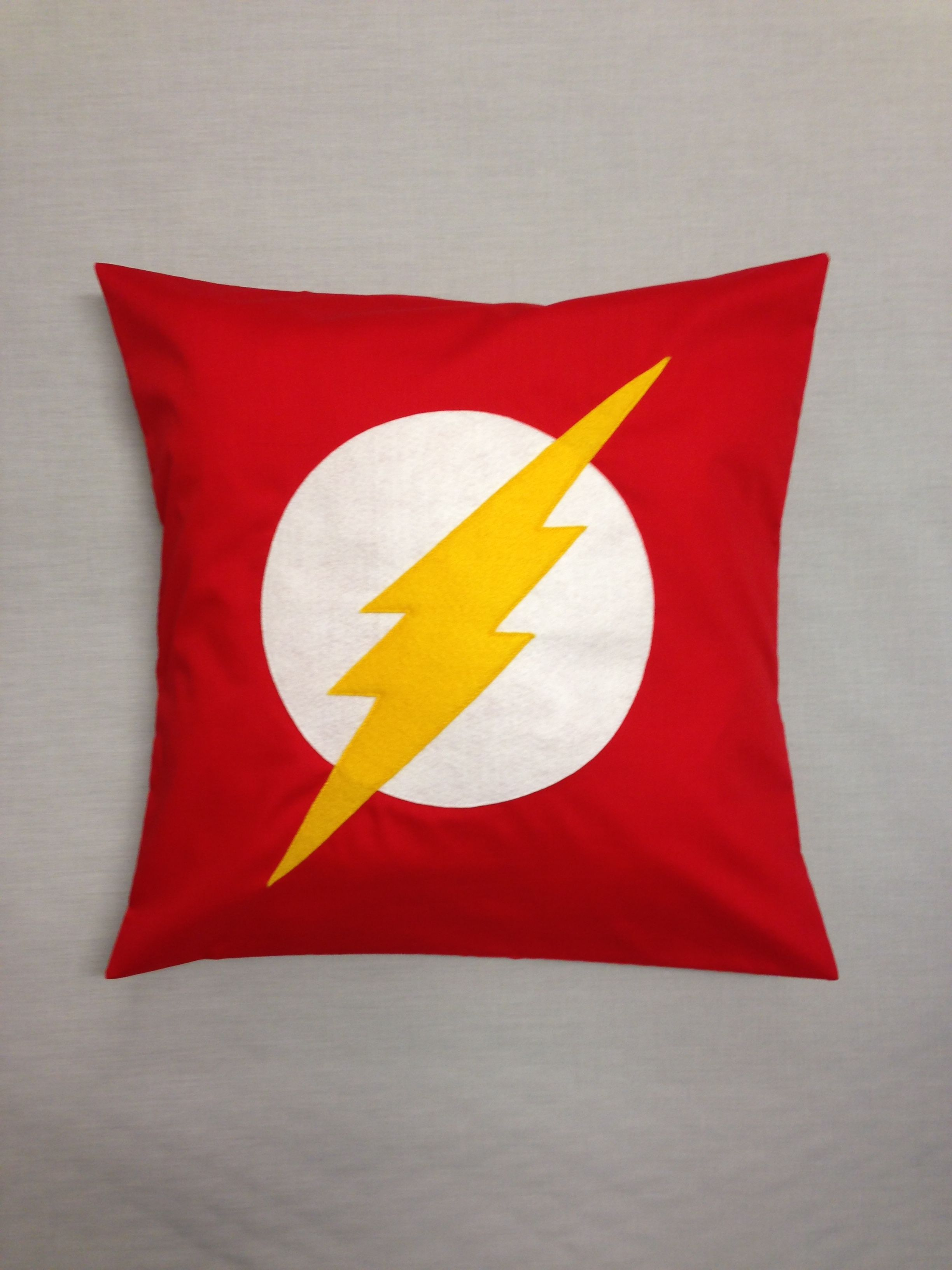 The Flash Superhero Cushion Pillow Cover For Child S Bedroom Childrens Bedroom Decor The Flash Cushion Cover
