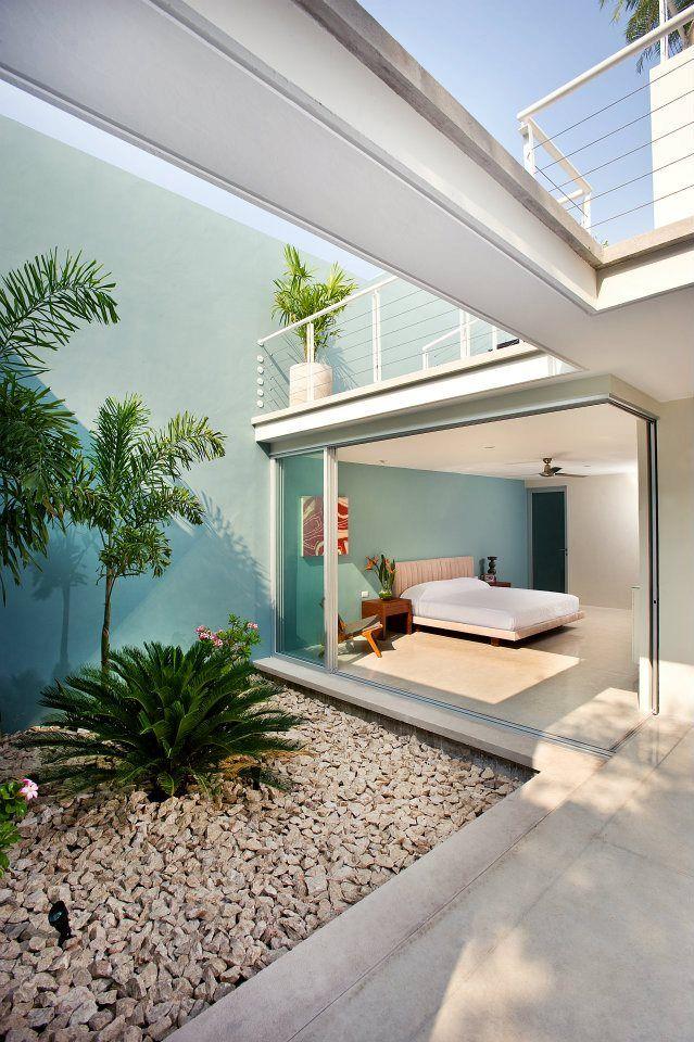 Casa 56 h ponce arquitectos indoor deco ideas - Arquitectos en merida ...