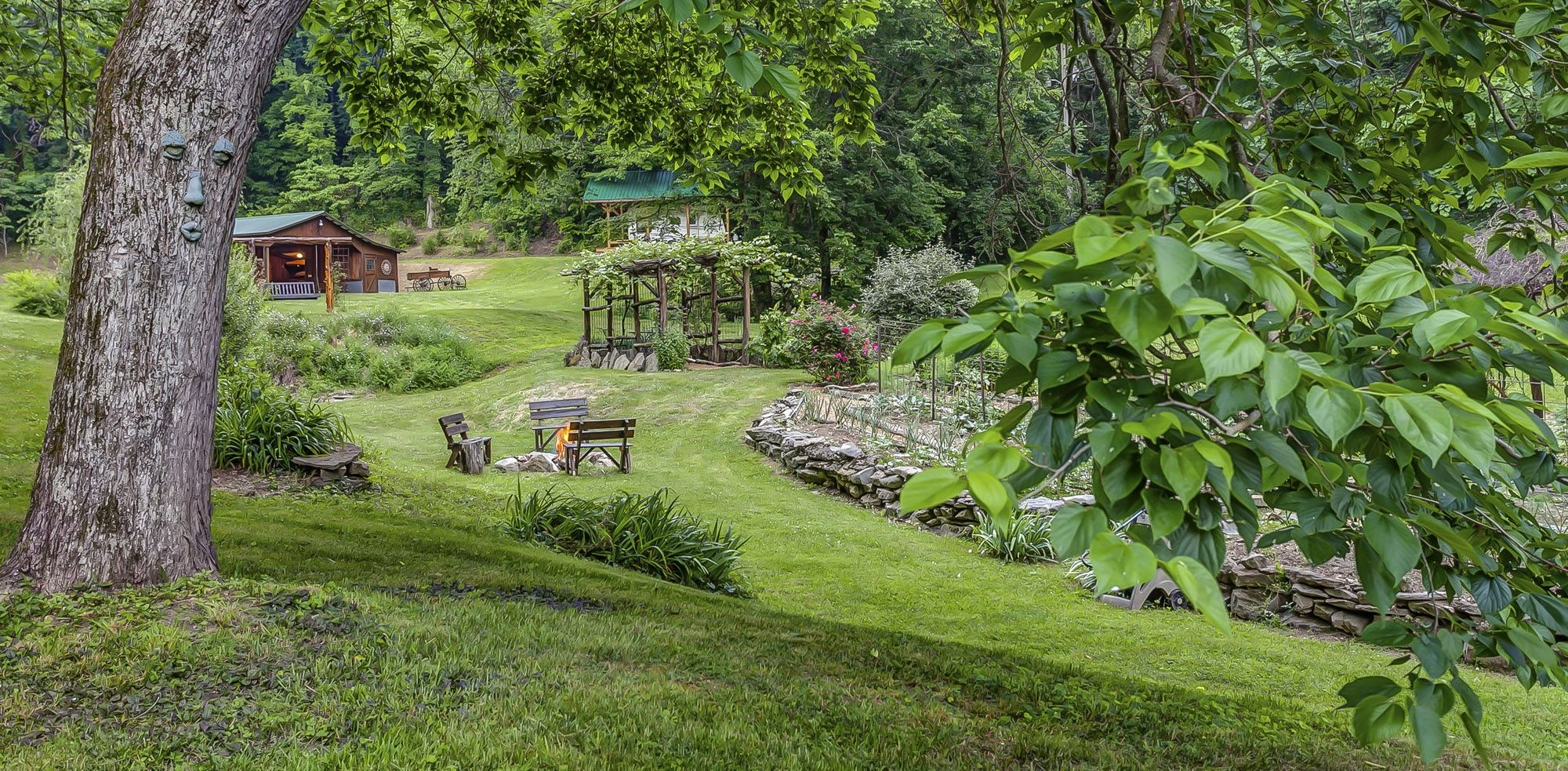A Hidden Bed and Breakfast Retreat close to Nashville