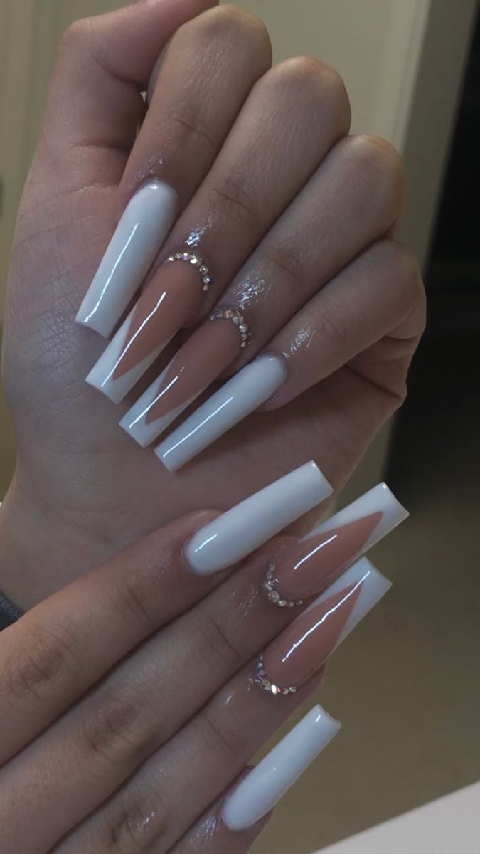 DEMO : Kiss Salon Acrylic Nude Nails (Real Short Length