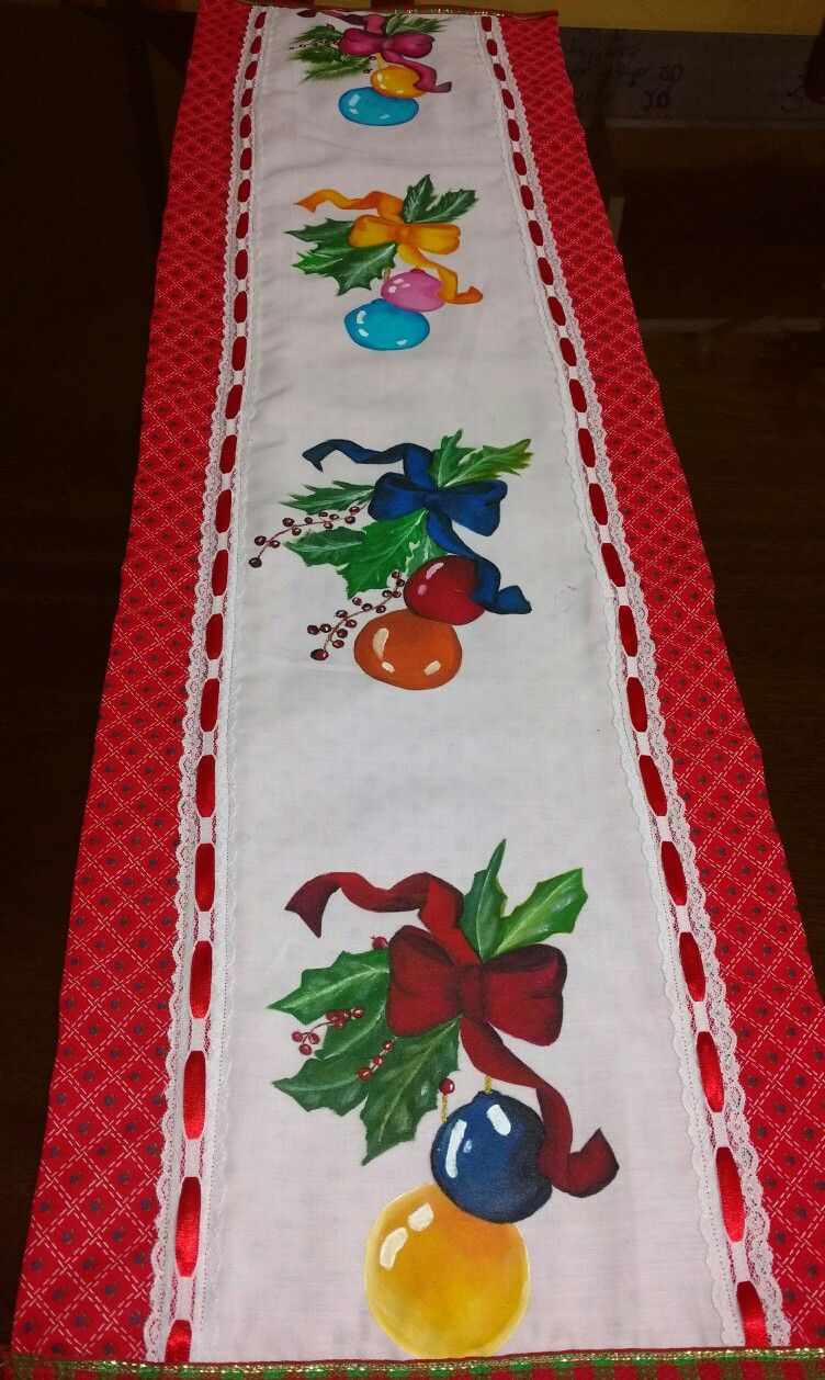 Manualidades Manteles Para Navidad.Pin De Geta Alaa En Ornament Pintura En Tela Navidena