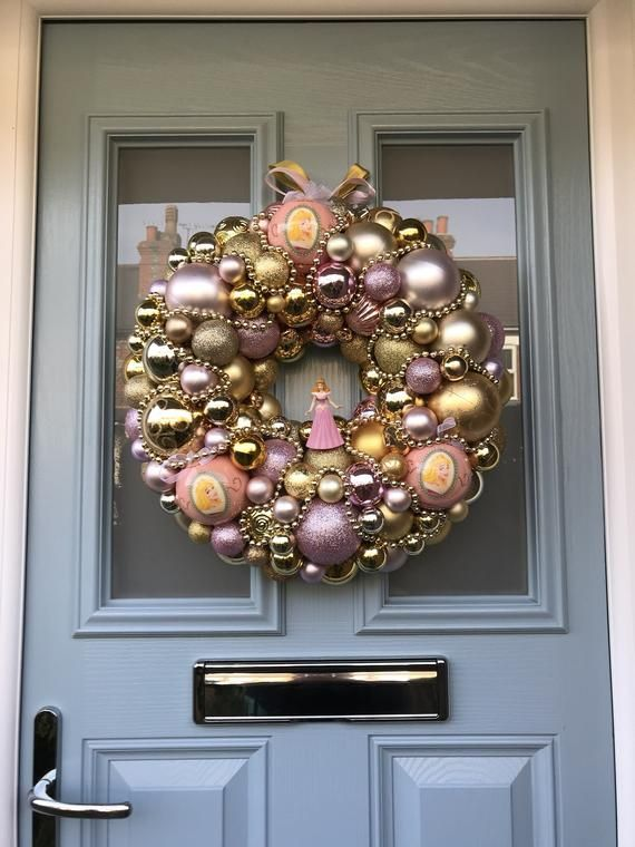 Bauble wreath - Once upon a dream