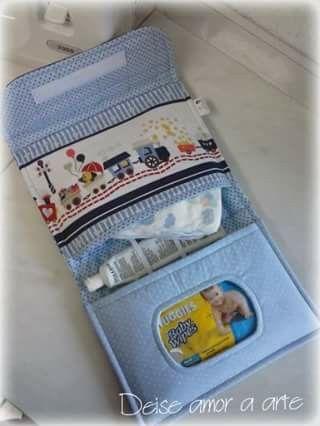 Porta kit higiene para bebê