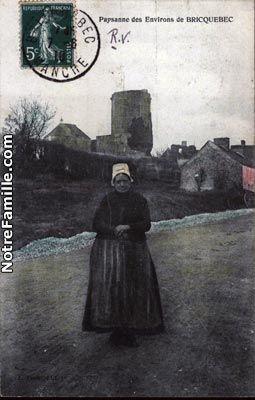 Photos et cartes postales anciennes de Bricquebec, 50260 : Paysanne des Environs de Bricquebec ...