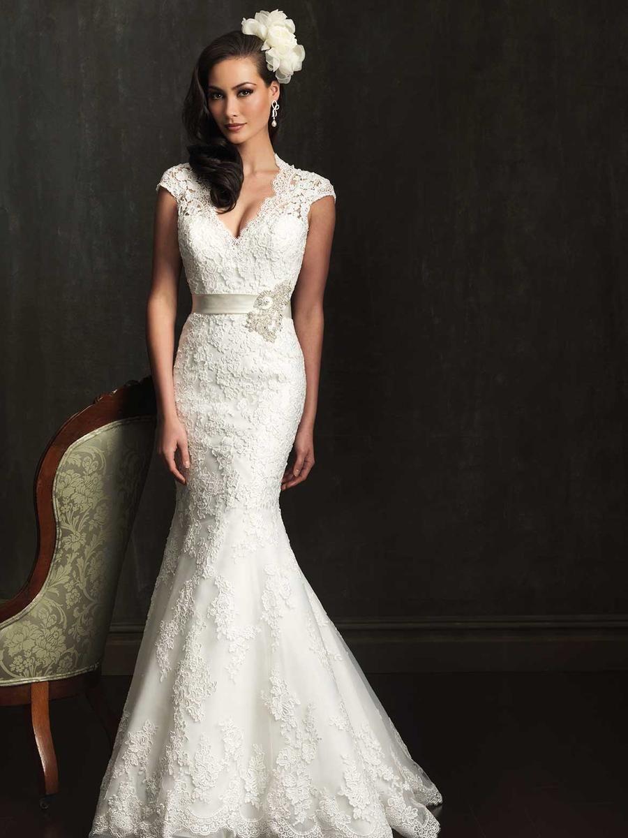 Allure bridals wedding gown vintage wedding gown lace mermaid