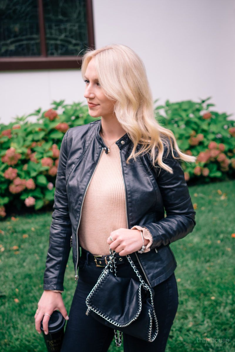 Fall Style Leather Jacket Season Below The Blonde Leather Jacket Autumn Fashion Jackets [ 1200 x 800 Pixel ]