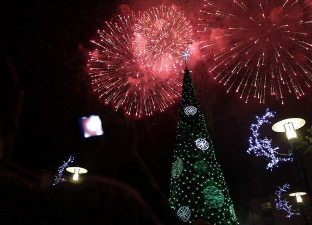 Christmas tree at Beirut, Lebanon | PHOTOGRAPHY | Pinterest ...