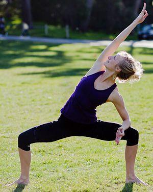 goddess pose variation  yoga poses goddess