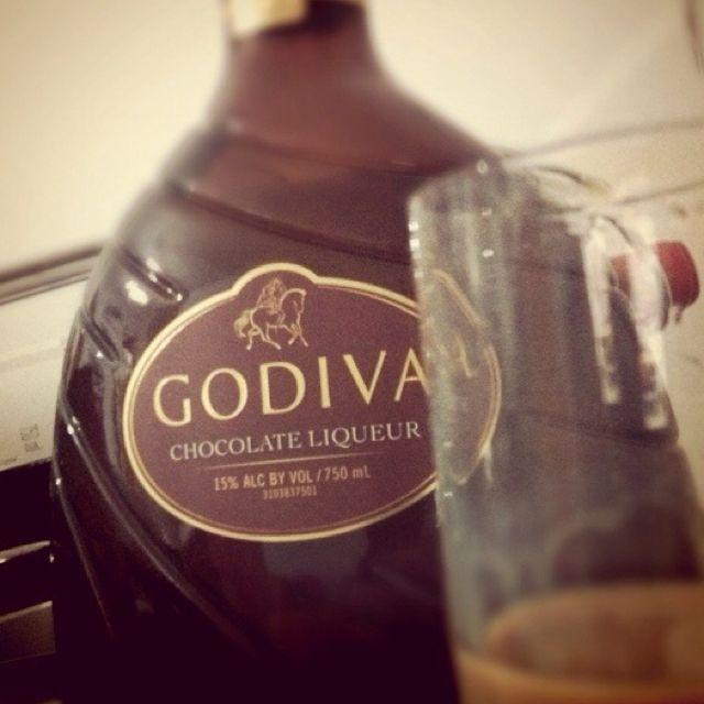 Godiva Chocolate Liqueur .. SO Good!