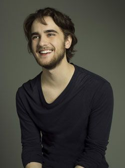landon liboiron height weight