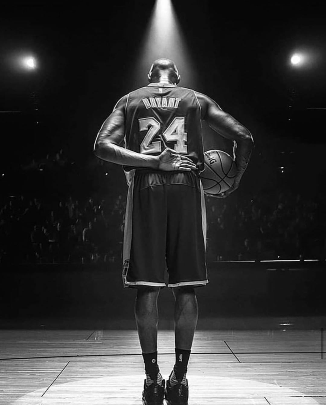 "Kobe Bryant Wallpaper Black And White : bryant, wallpaper, black, white, Likes,, Comments, I9Sports, Texas, (@i9sports200), Instagram:, ""Rest, Peace, Legend., ""When, Yo…, Bryant, Quotes,, Black, Mamba"