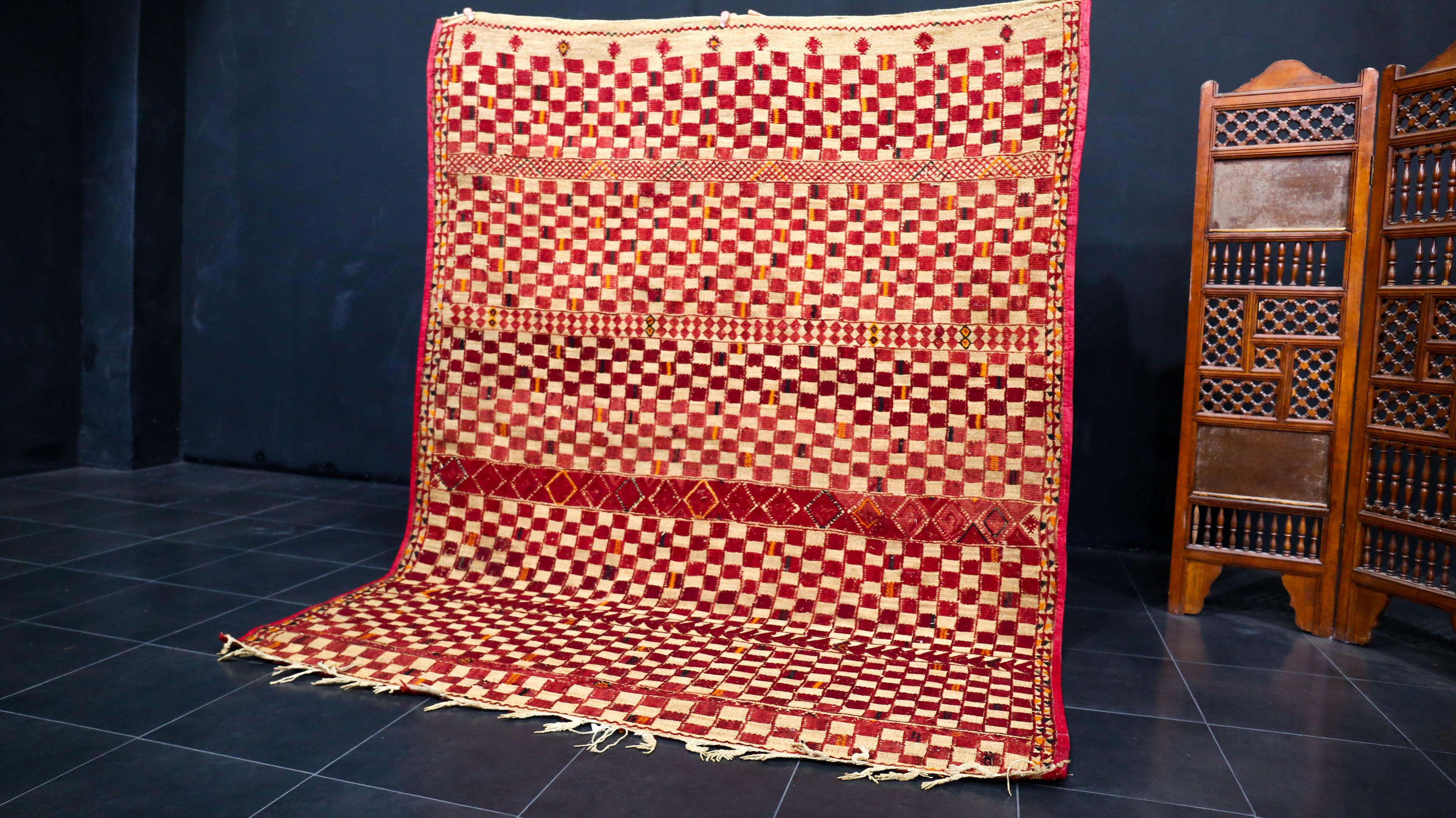 Fabulous 6x8 moroccan straw wool red mat African Mat Vintage Moroccan hassira carpet Berber mat rug with Leather trim