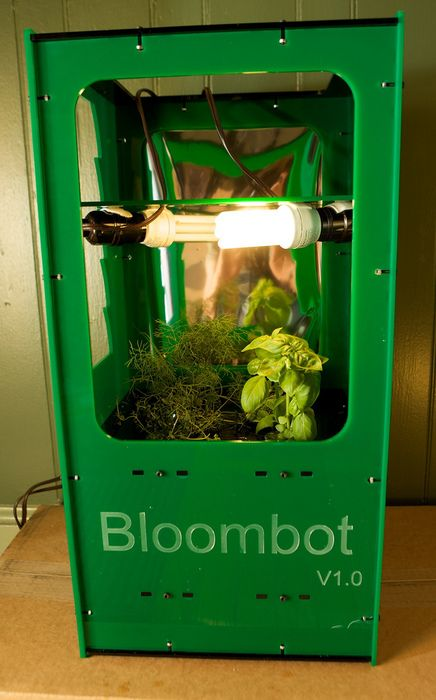 Bloombot Is A Personal Automated Hydroponic Growing System 400 x 300