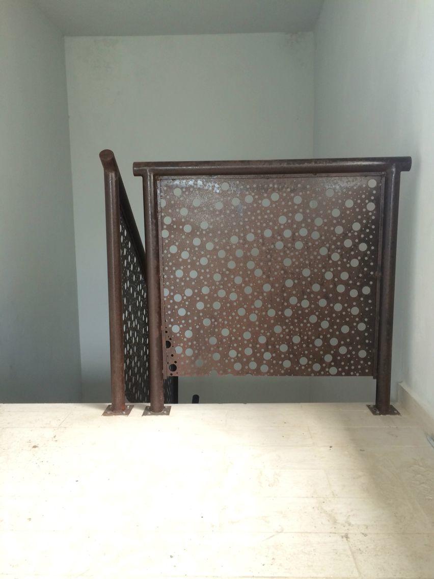 Baranda de escalera chapa oxidada urbanismo pinterest - Baranda de escalera ...