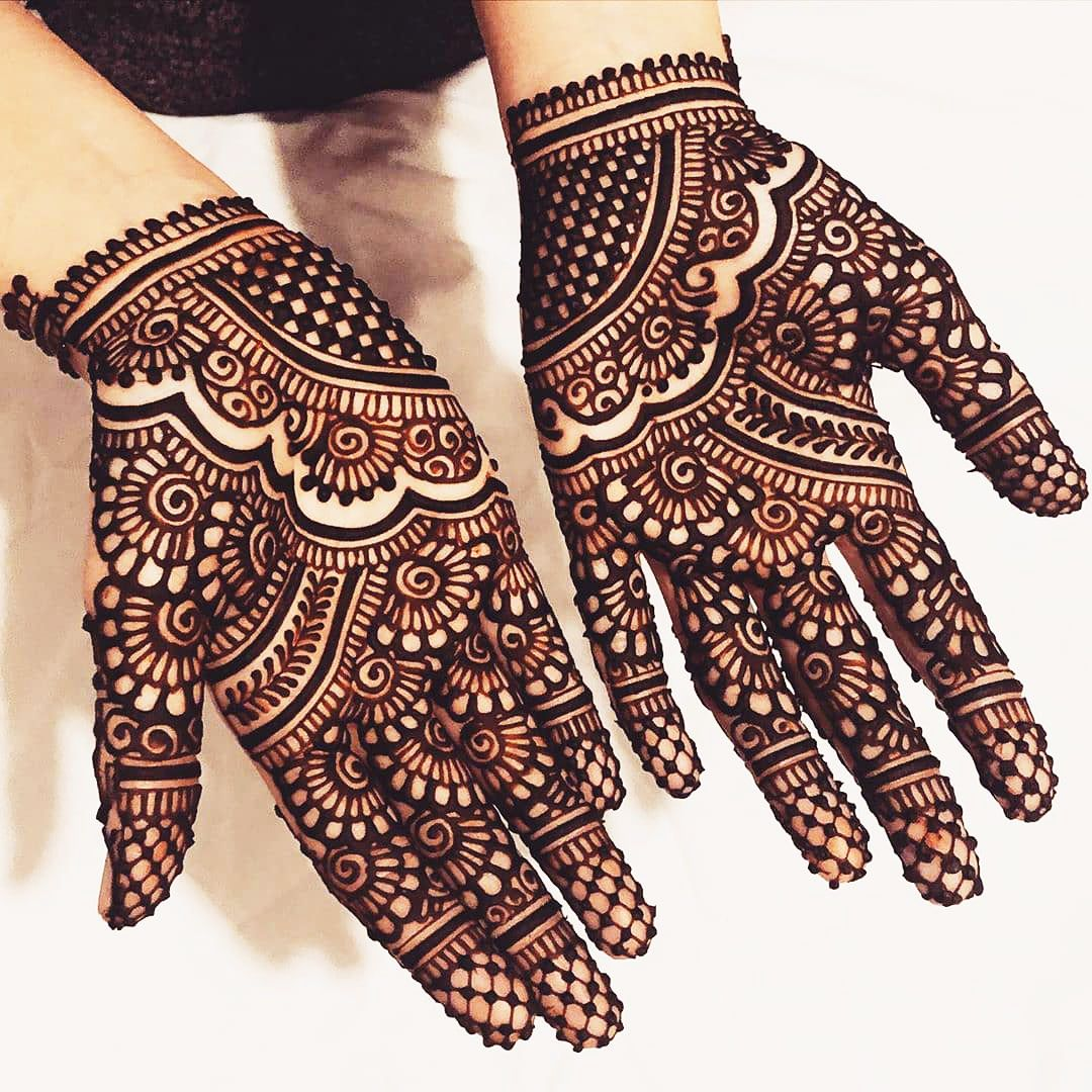 Intricate arabic arabic mehndi design for hands is all about intricacy and details. Trending Bridal Mehendi Designs For The Brides Of Today S India Of 2021 Rajasthani Mehndi Designs Mehndi Designs For Hands Mehndi Designs