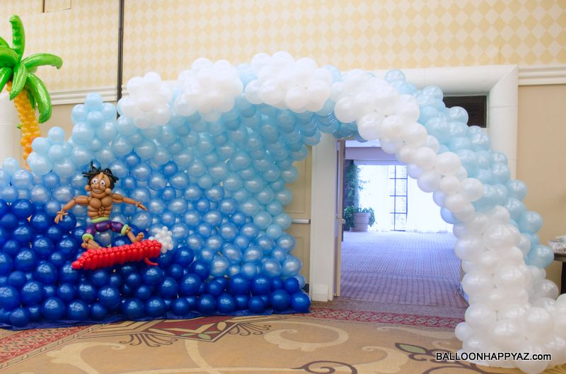 Balloon party decorations roselawnlutheran for 1st birthday hall decoration