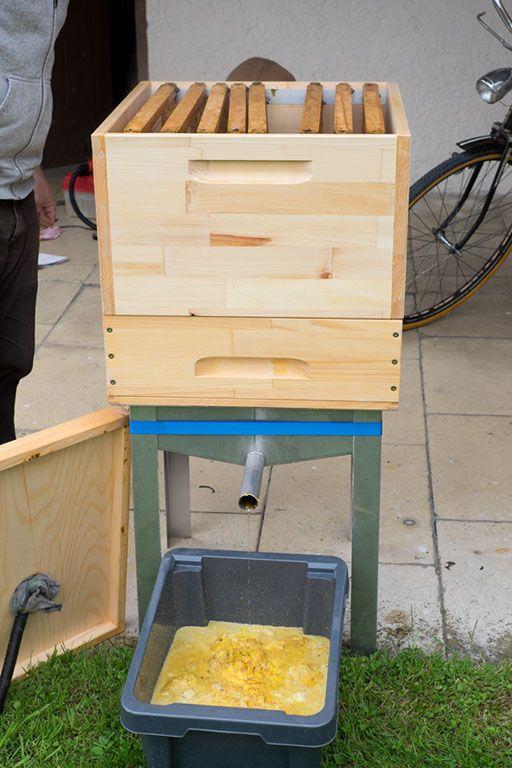 wachs schmelzen landshuter honig imkerei bienen wachs schmelzen und imker. Black Bedroom Furniture Sets. Home Design Ideas