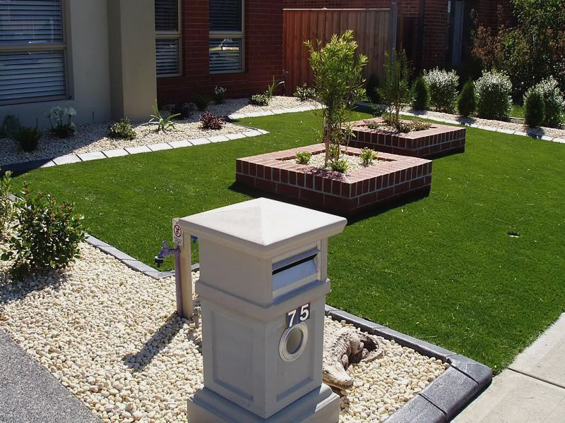 Ideas for a small front garden httpinteriormag20160630 front yard landscaping designs melbourne front yard landscape design the shapes i like not the bricks workwithnaturefo