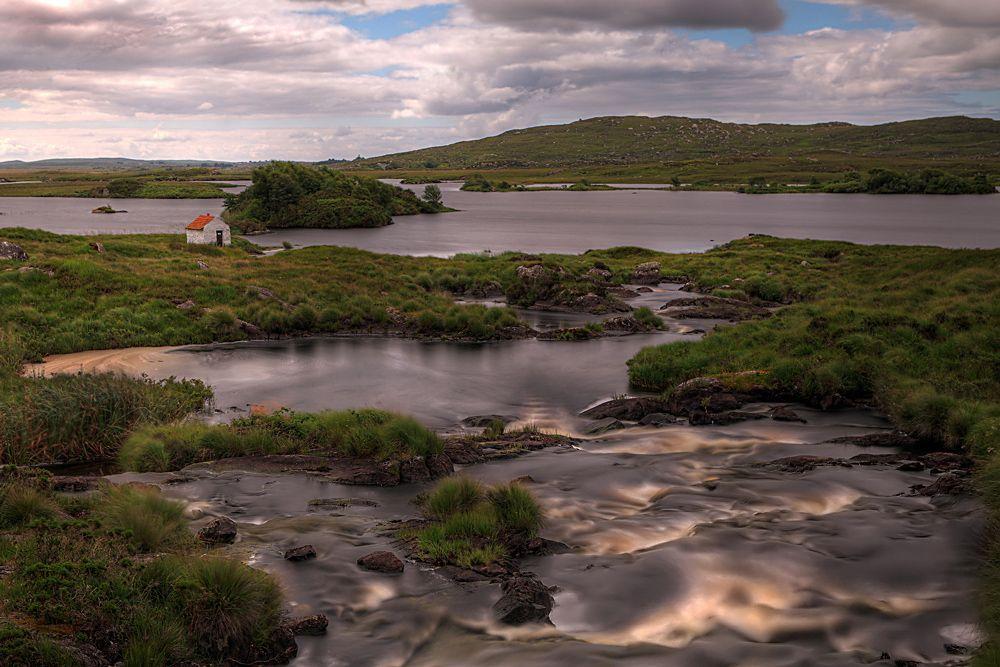 Connemara river © Hans-Peter
