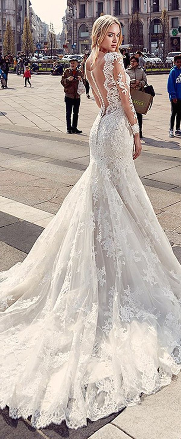 Charming tulle u lace vneck mermaid wedding dresses with beaded