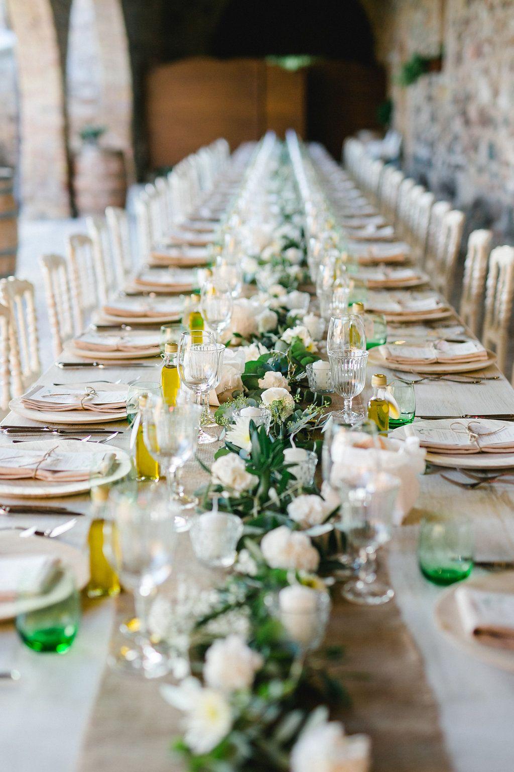 mediterrane greenery hochzeit am gardasee tischdekoration hochzeit i wedding tablescape. Black Bedroom Furniture Sets. Home Design Ideas