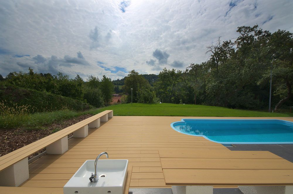 Wood Plastic Flooring Material In Malaysia ,wood Plastic Patio Flooring  Guatemala Vendor