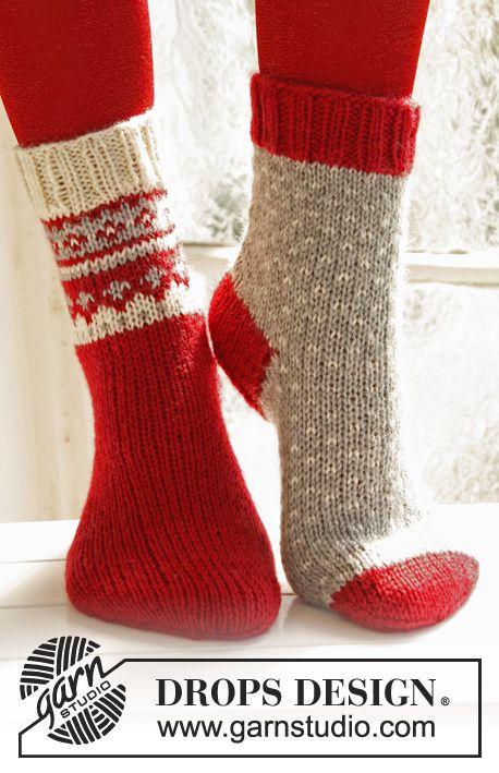 Calcetas DROPS de Navidad, de punto, con patrón de jacquard en ...