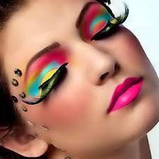 """Résultat de recherche d'images pour """"maquillage des yeux indien"""""""