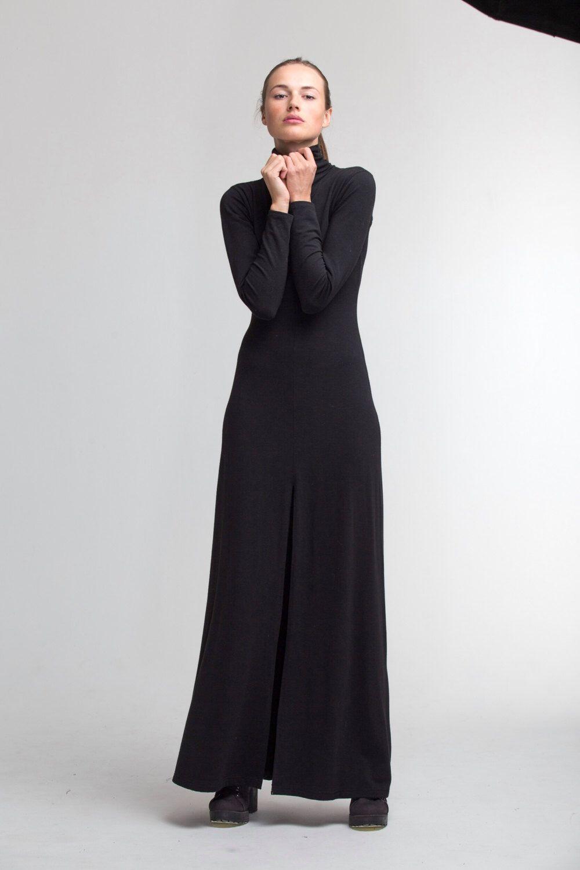 Elegant Black Maxi Dresses for Weddings