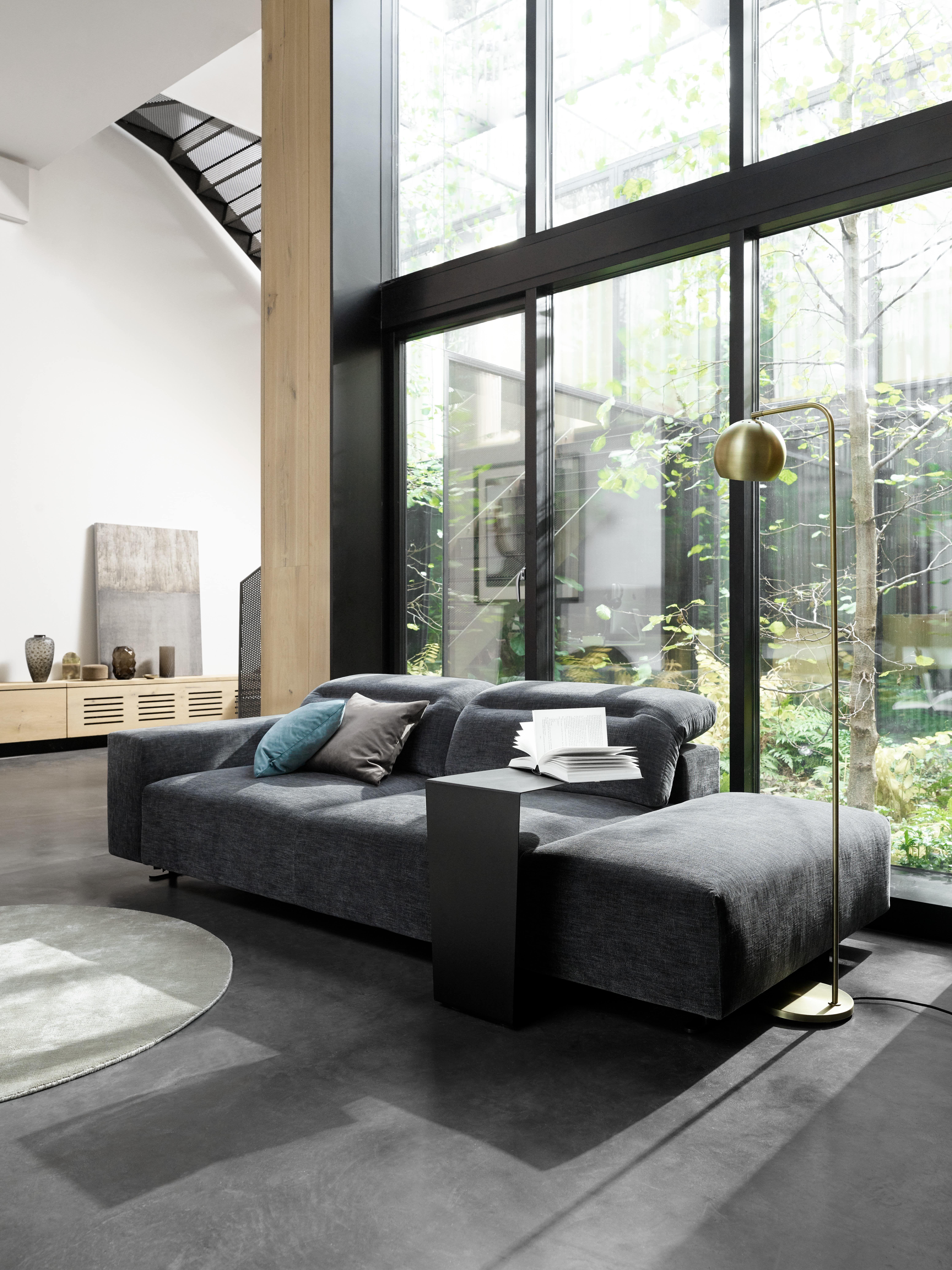 Hampton Sofa mit Kip Stehlampe #boconcept #scandinaviandesign ...