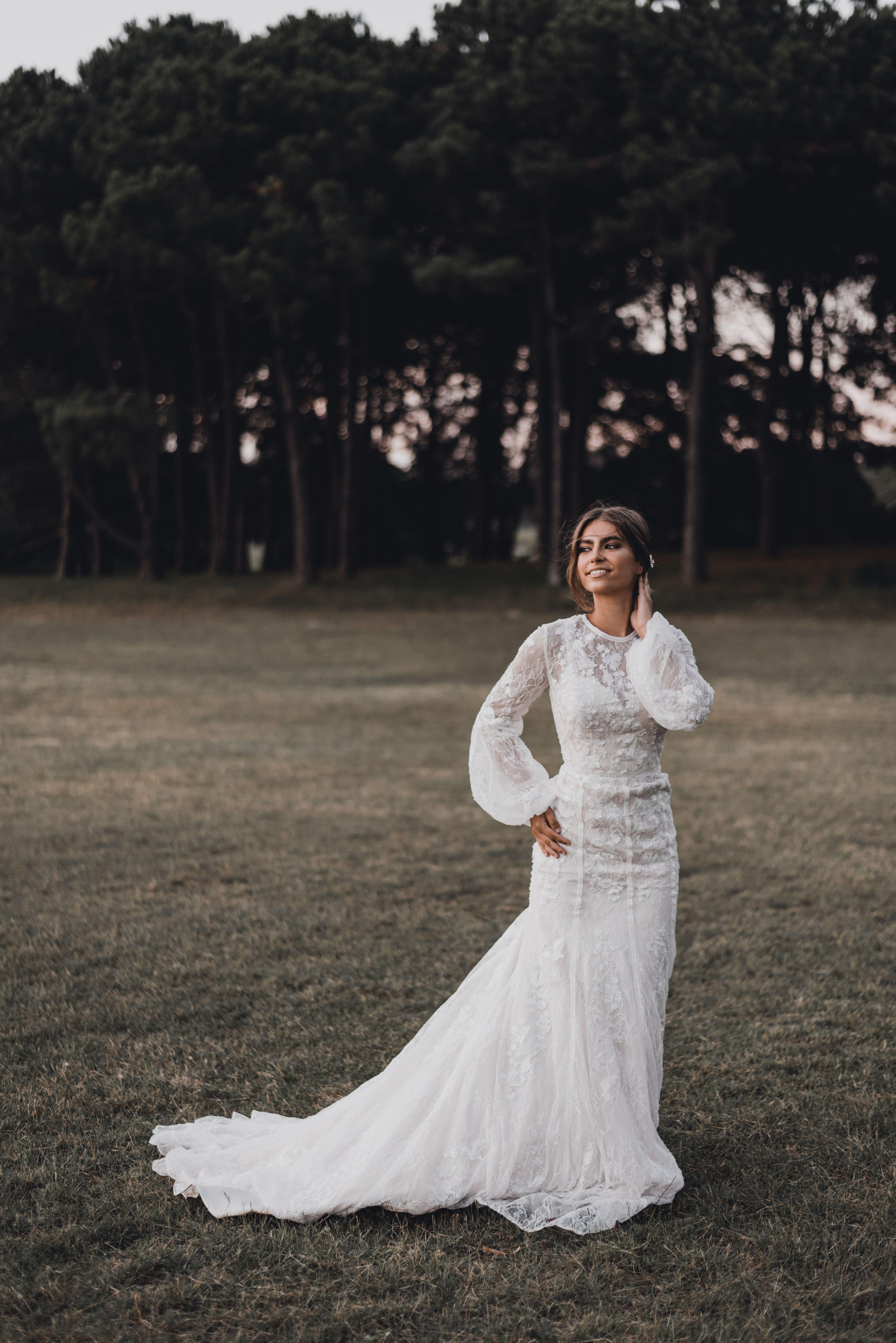 Oleg Cassini // Gown 4XLMS251195 in 2020 Bridal dresses