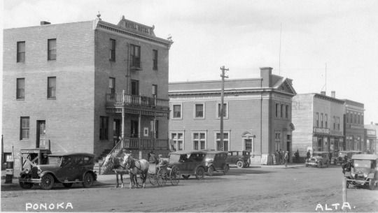 The Royal Hotel In Ponoka C 1920 Notice Buggy Going Down