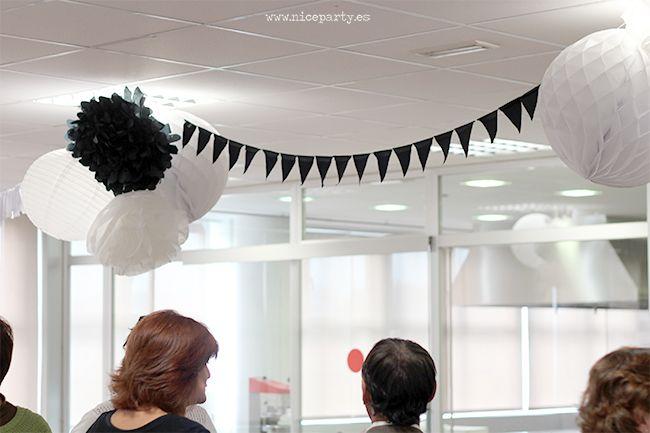 Decoracion para fiestas al aire libre en blanco y negro - Decoracion salon blanco y negro ...