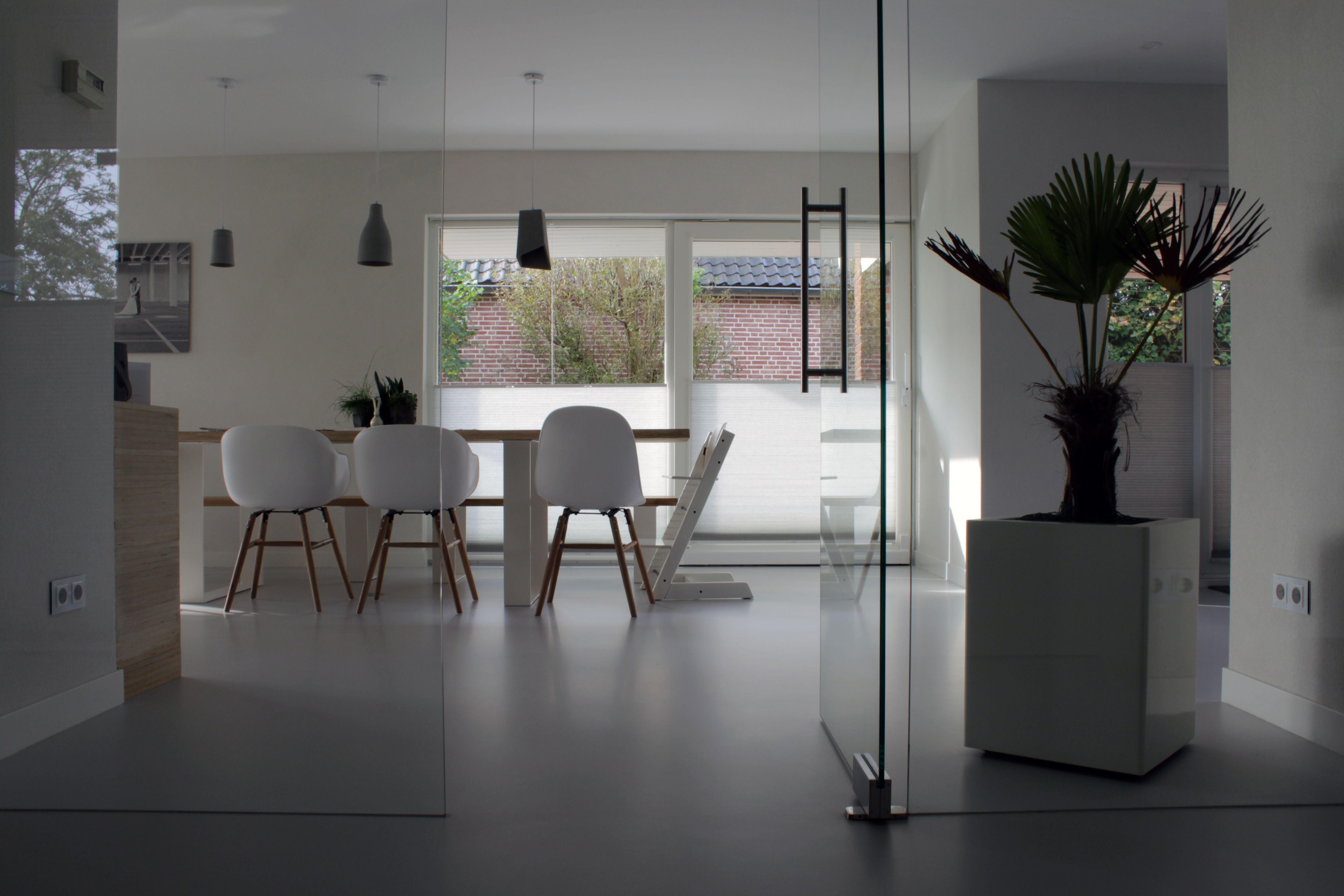 Gietvloer Betonlook Keuken : Betonlook gietvloer in keuken motion gietvloeren gietvloer