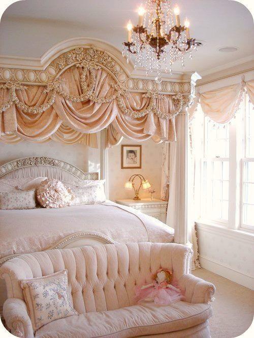 Pink Victorian Bedroom Pink victorian room | Luxury bedroom ...