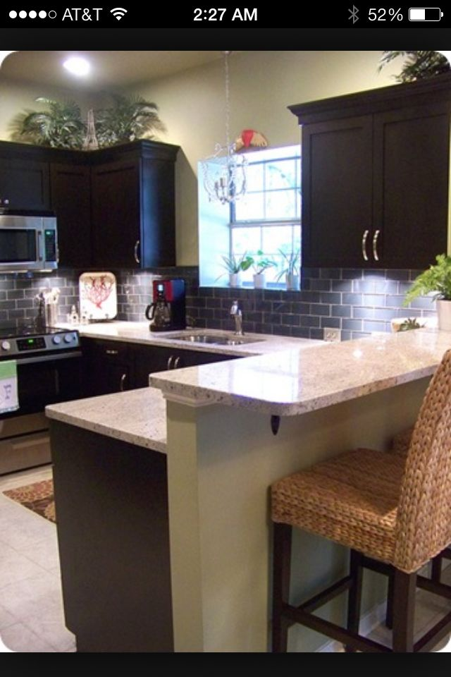 Dark cabinets light counter | Kitchen redo | Pinterest | Cocinas y ...