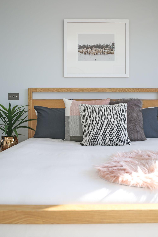 16+ Unique Modern Bedroom Design Ideas for Your Inspiration   Aparta ...
