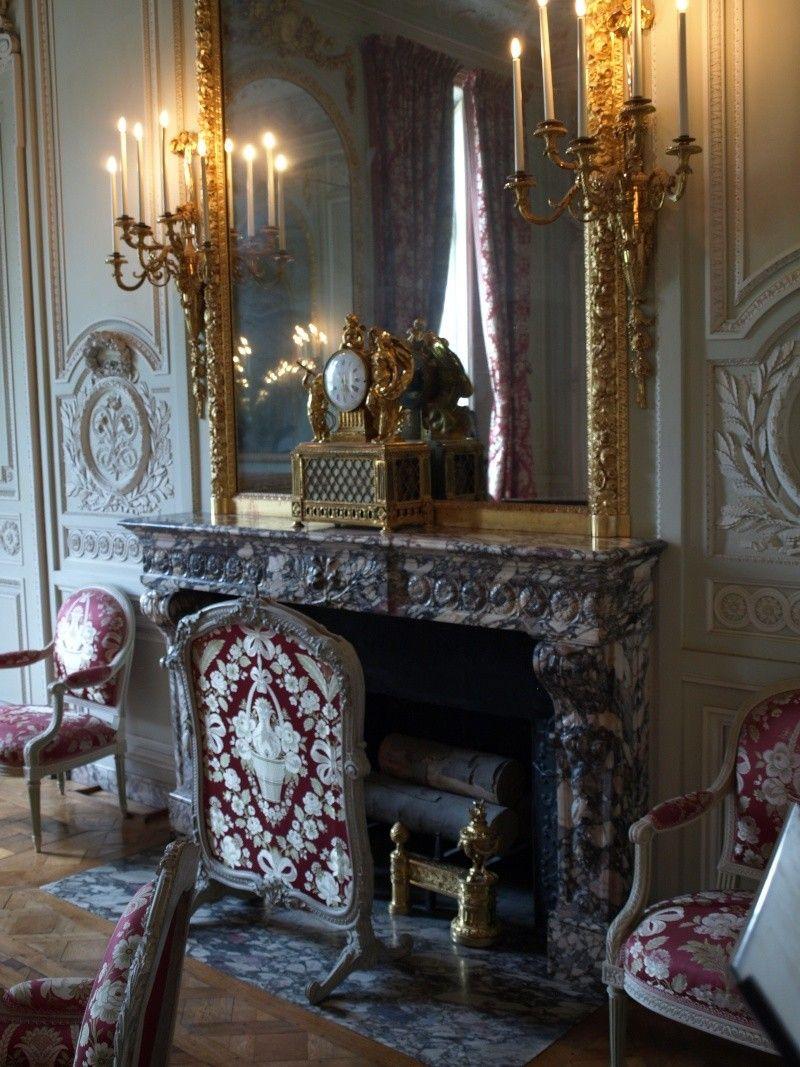 La visite du Petit Trianon: Le salon de compagnie | Petit trianon, Trianon,  Salon