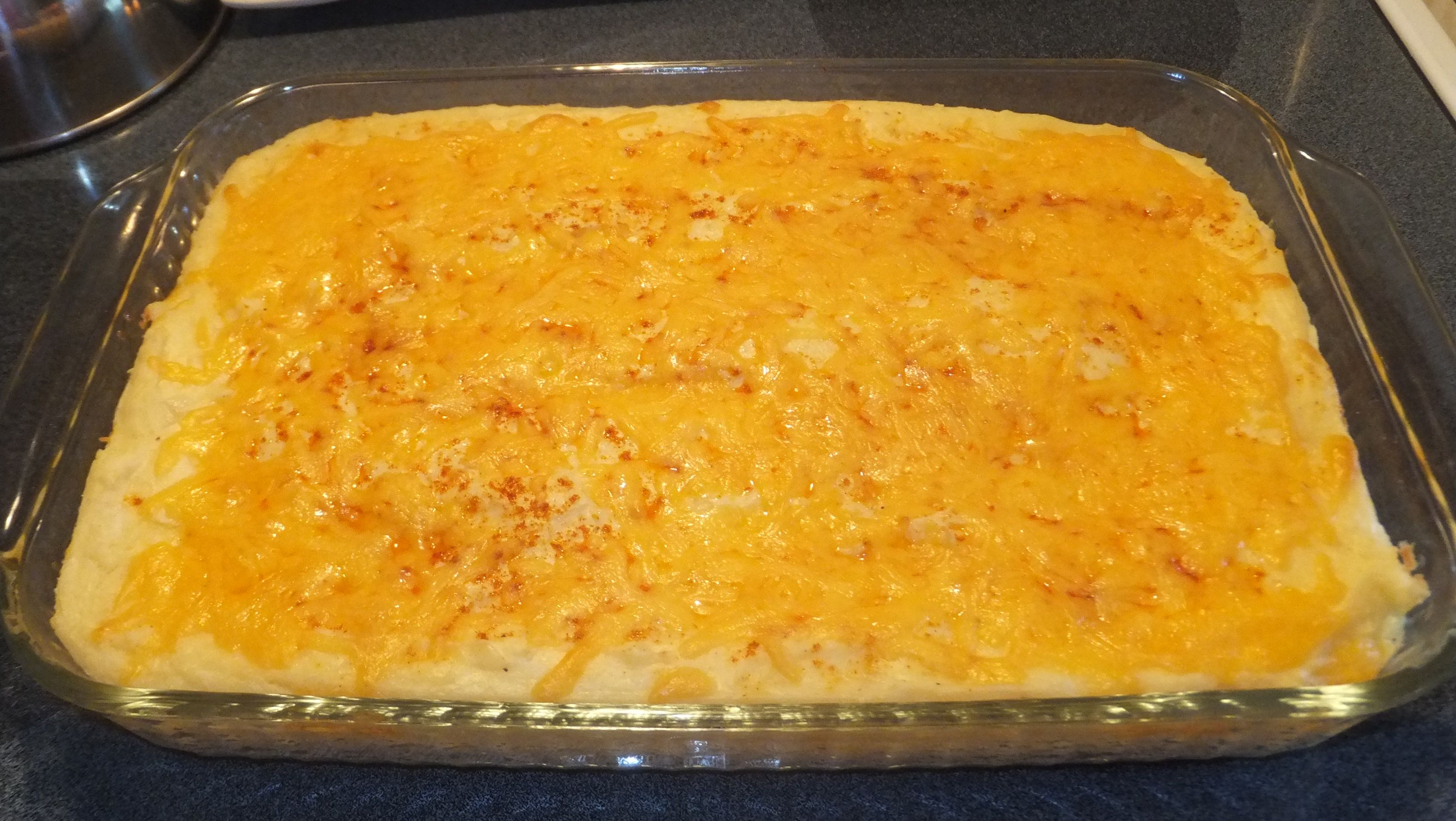 Cheesy potato casserole | Dishes I have made | Pinterest