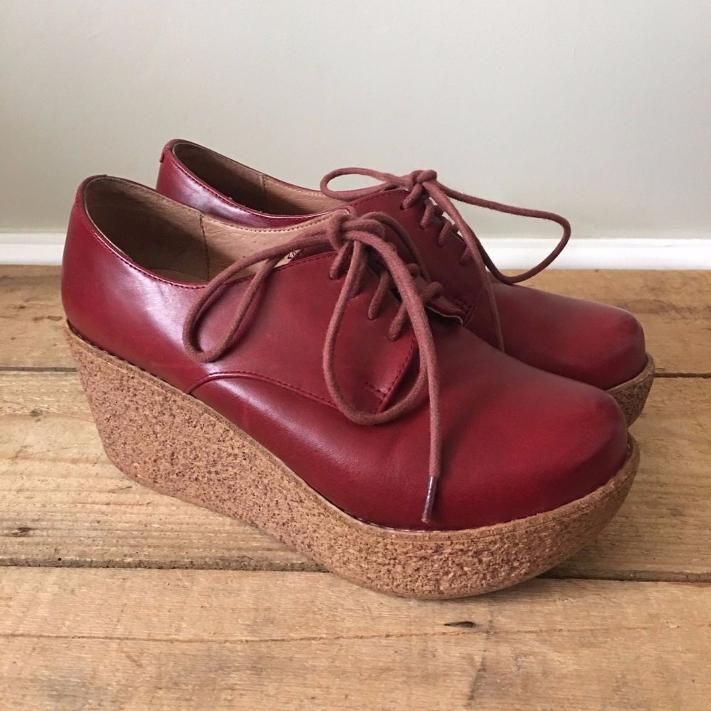 UK SIZE 2.5 3 WOMENS TATA RED LEATHER LACE UP WEDGE HEELS #Tata #WedgeLaceUp #Casual